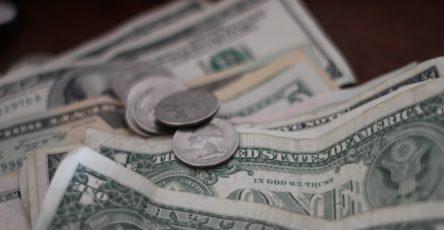 Cotización dólar monitor
